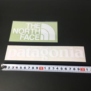 ザノースフェイス(THE NORTH FACE)のノースフェイス パタゴニア ステッカー 2点 ⁑ ホワイト !!!(その他)