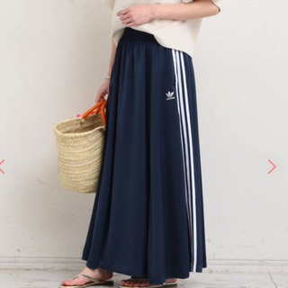 アディダス(adidas)のアディダス スカート ロングスカート  BEAUTY & YOUTH 別注(ロングスカート)