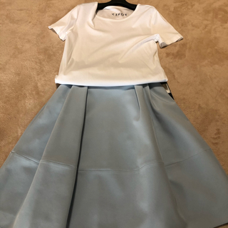 フォクシー(FOXEY)のフォクシー新品令和発ビジューロゴバックホワイトティー42(Tシャツ/カットソー(半袖/袖なし))