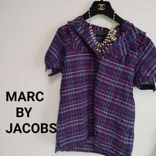 マークバイマークジェイコブス(MARC BY MARC JACOBS)のMARC JACOBS ほぼ未使用 チェックシャツ  お袖スリット♪(シャツ/ブラウス(半袖/袖なし))