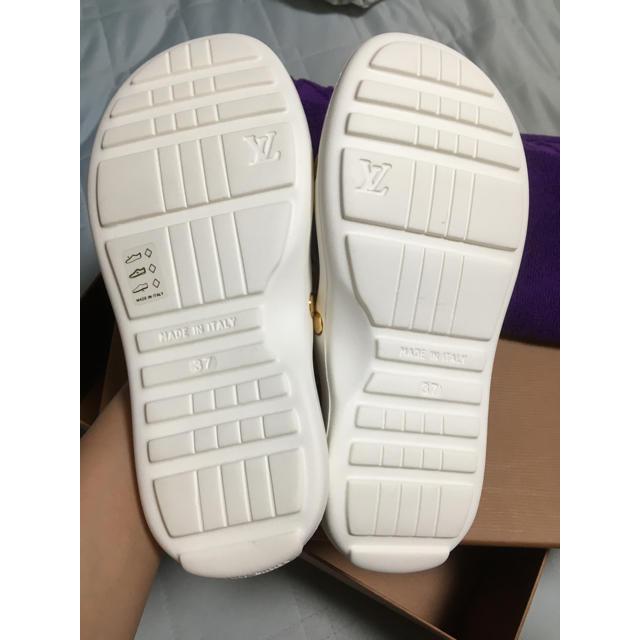 LOUIS VUITTON(ルイヴィトン)のにこ様専用♡ルイヴィトン ビーチサンダル 箱付き レディースの靴/シューズ(サンダル)の商品写真