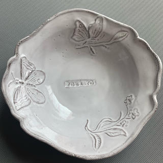 アッシュペーフランス(H.P.FRANCE)の新品未使用 アスティエ   ド ヴィラット  蝶々 皿 食器 2(食器)