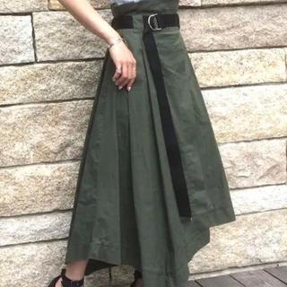 カプリシューレマージュ(CAPRICIEUX LE'MAGE)のベルト付ヘムスカート(ひざ丈スカート)