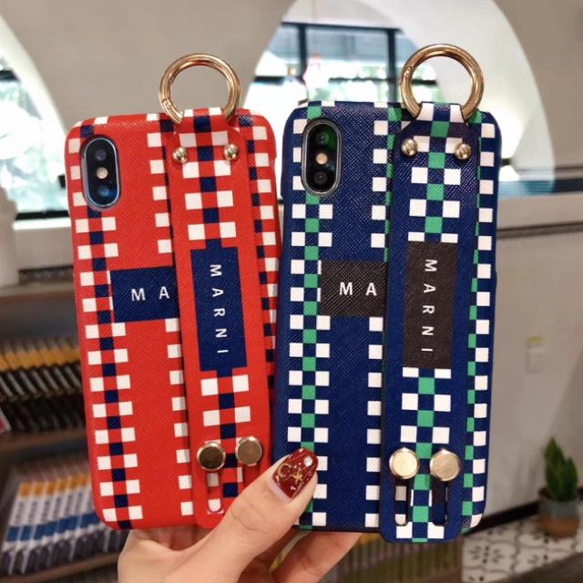 ★大人気 可愛いベルト付き MARNI iPhoneケース 全機種あり 全2種の通販 by るり's shop|ラクマ