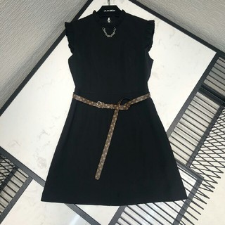 ルイヴィトン(LOUIS VUITTON)のLouis Vuittonルイヴィトン ワンピース 黒袖無し ドレス ベルト付き(ひざ丈ワンピース)