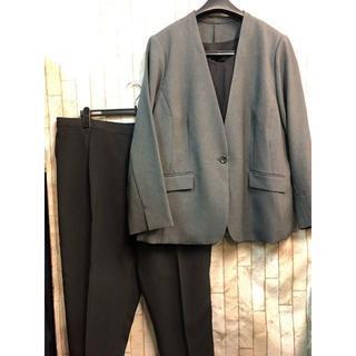 新品☆34号6L♪グレー×黒系オフィススーツ3点セット♪9分丈パンツ☆b918(スーツ)
