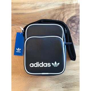 アディダス(adidas)の【新品】adidas オリジナルス ショルダーバック ミニバッグ ブラック(ショルダーバッグ)