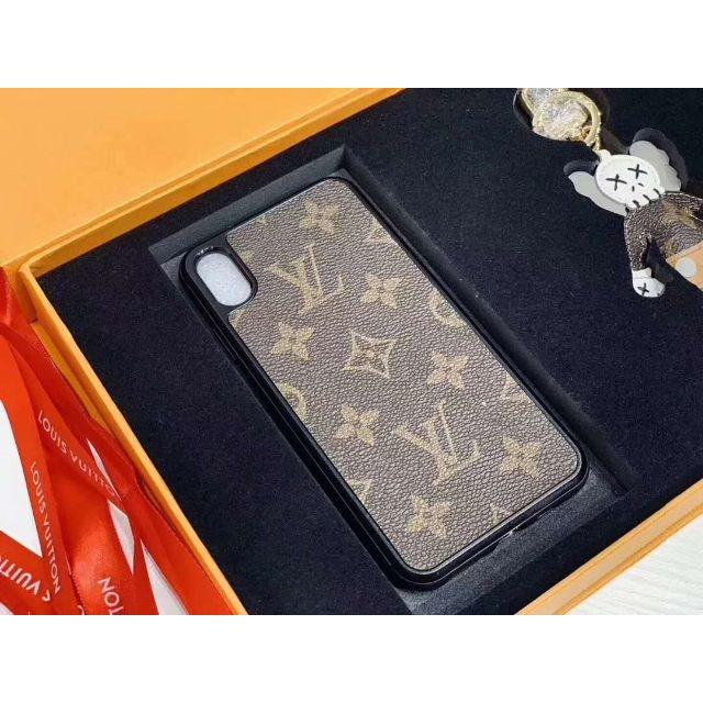 LOUIS VUITTON -  LOUIS VUITTON X KAWS    iPhoneケースの通販 by shuenix's shop|ルイヴィトンならラクマ