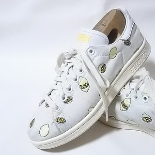 アディダス(adidas)の 希少レモン総柄モデル!アディダススタンスミス高級スニーカー人気の白!   (スニーカー)