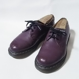 ドクターマーチン(Dr.Martens)の 王道デザイン!ドクターマーチン高級3ホールローファー人気の紫!   (ローファー/革靴)