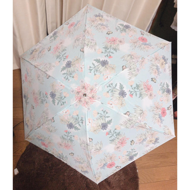 PAUL & JOE SISTER(ポール&ジョーシスター)の新品未使用 ポール&ジョー 折りたたみ傘 レディースのファッション小物(傘)の商品写真
