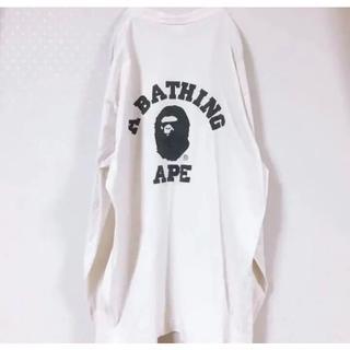 アベイシングエイプ(A BATHING APE)のa bathing ape アベイシングエイプ ロンT デカロゴ  袖長め(Tシャツ/カットソー(七分/長袖))