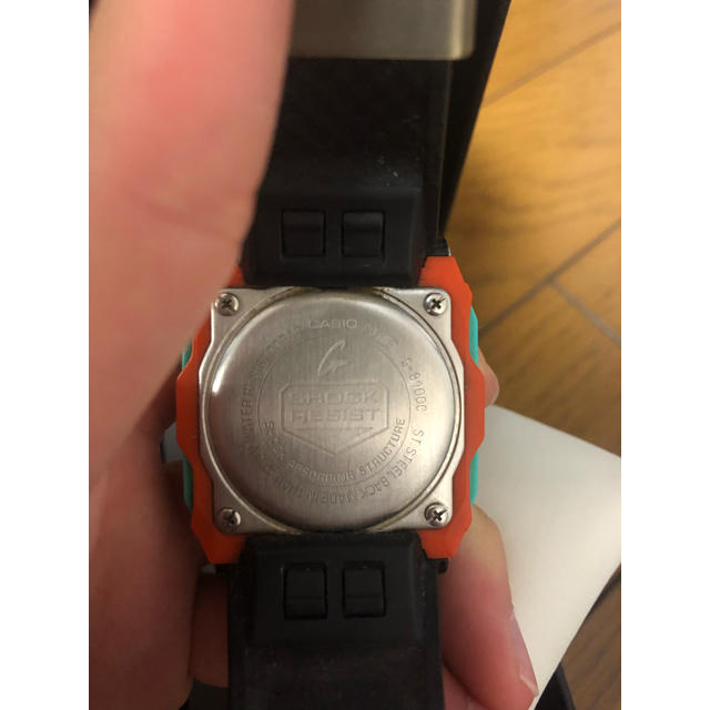 G-SHOCK(ジーショック)のG-SHOCK 時計 g-8100c レアカラー メンズの時計(腕時計(デジタル))の商品写真