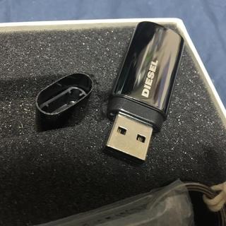 ディーゼル(DIESEL)のdiesel ディーゼル USBメモリ 4GB 新品キーホルダー付き(キーホルダー)