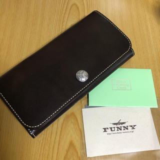6aaf95e52f85 FUNNY - FUNNY スター コンチョ パイソン ループ ウォレット 財布 の通販|ラクマ