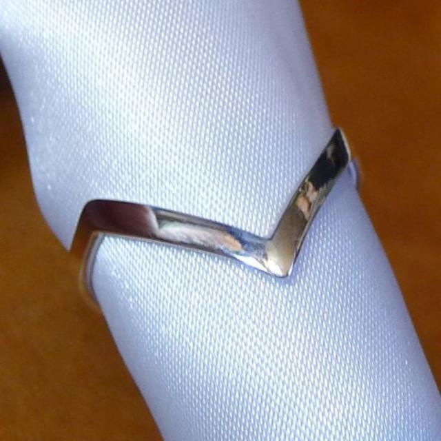 SR1643 指輪シルバー925刻リング 22号 モダンデザイン シンプル レディースのアクセサリー(リング(指輪))の商品写真