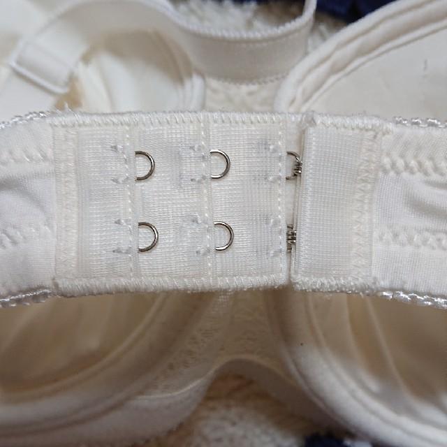しまむら(シマムラ)のD85下着4点セット レディースの下着/アンダーウェア(ブラ&ショーツセット)の商品写真
