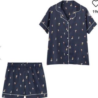 ジーユー(GU)のGU サテンパジャマ 半袖&ショートパンツ PEANUTS 新品 S(パジャマ)