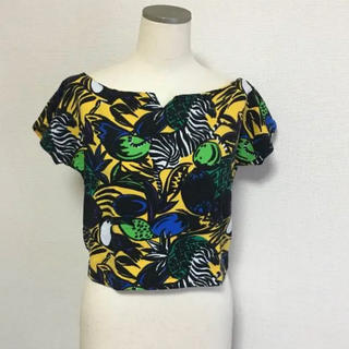 スライ(SLY)の限定 SALE SLY トロピカル 総柄 トップス(Tシャツ(半袖/袖なし))