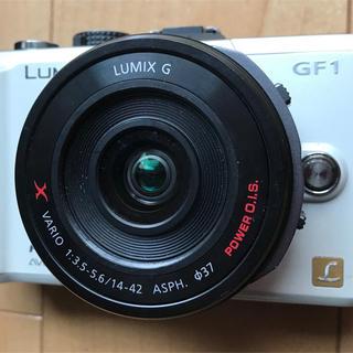 パナソニック(Panasonic)のLUMIX 14-42 電動ズーム+ GF1ボディ(レンズ(ズーム))