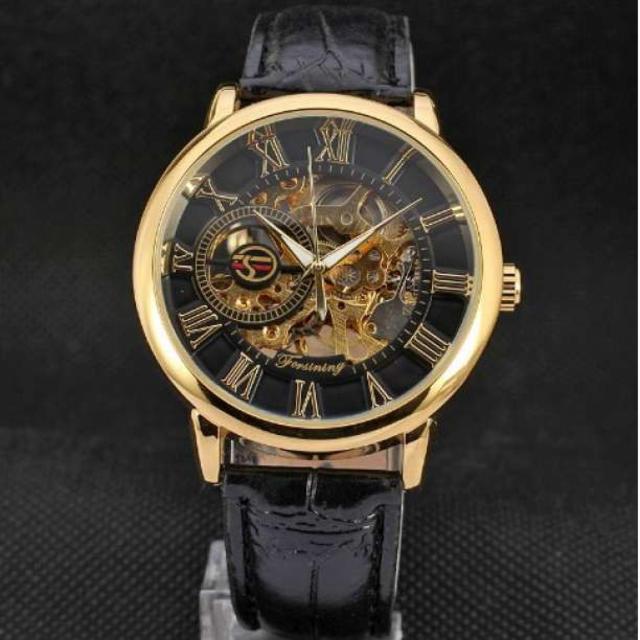 クロノスイス コピー n級品 / FORSINING 手巻き スケルトン腕時計 金☓黒の通販 by Minnie's shop|ラクマ
