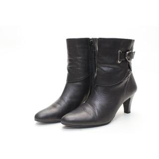 ニジュウサンク(23区)の23区 本革ベルトショートブーツ(23.5cm)美品♪(ブーツ)