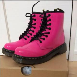 ドクターマーチン(Dr.Martens)のDr.Martens☆kidsブーツ☆エナメルレインシューズ18cm(長靴/レインシューズ)