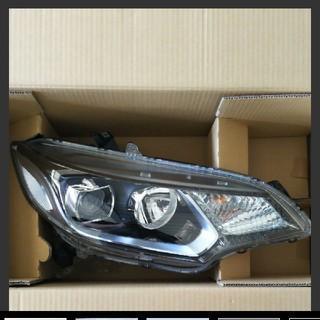 ホンダ - ホンダ フィット GP5 LED ヘッドライトASSY 右側 (運転席側)