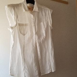 ギャップ(GAP)のリネンノースリーブシャツ(シャツ/ブラウス(半袖/袖なし))