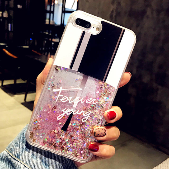 iphone 8 ケース 緑 | ☆送料無料☆ネイルグリッターiPhoneケースの通販 by メルモ's shop|ラクマ