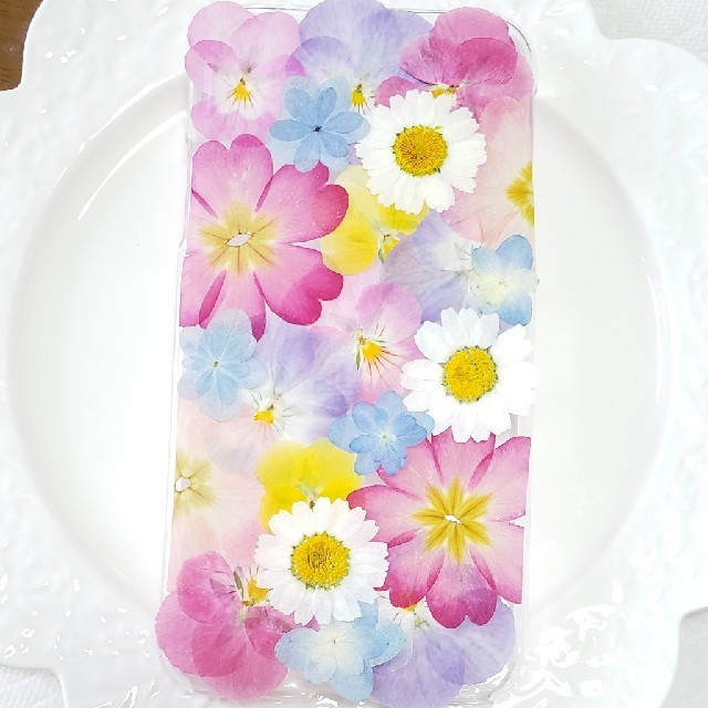 iphone8 ケース 機能 性 / 3♡ 押し花ケース オーダー iPhone・Androidの通販 by みりな♪'s shop|ラクマ