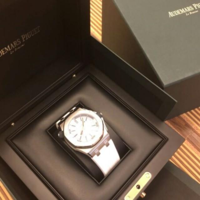 IWC偽物 時計 N 、 AUDEMARS PIGUET - ロイヤルオークのオフショルシリーズ15710 ST.OO.A 010 CA.01の通販 by スギヤマ テルマサ's shop|オーデマピゲならラクマ