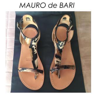 ドゥーズィエムクラス(DEUXIEME CLASSE)のMAURO de BARI マウロデバーリ トング サンダル 新品 23.5(サンダル)