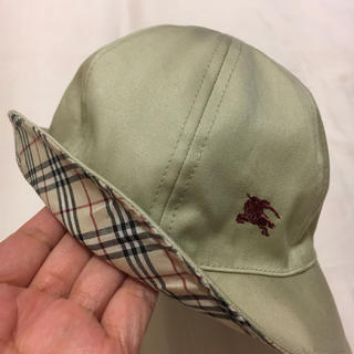 バーバリー(BURBERRY)のBurberry リバーシブル帽子  48(帽子)