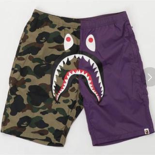 アベイシングエイプ(A BATHING APE)のA BATHING APE 1ST CAMO SHARK BEACH PANTS(ショートパンツ)