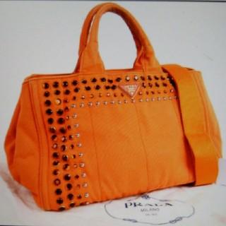 70832e3d6c3a プラダ(PRADA)のプラダカナパビジュースタッズトートバッグ保存袋ギャランティカード