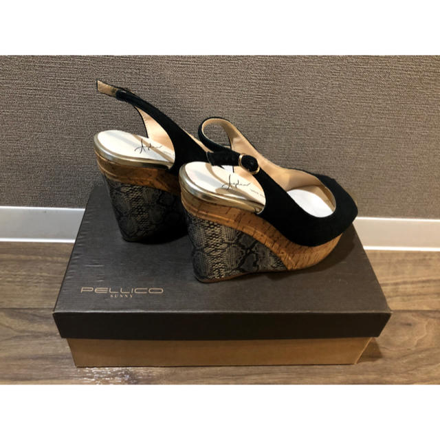 VIVA ANGELINA(ビバアンジェリーナ)の《夏物sale》 Viva angelina サンダル レディースの靴/シューズ(サンダル)の商品写真