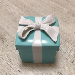 ティファニー(Tiffany & Co.)のティファニー 陶器 BOX 明日まで!!(小物入れ)