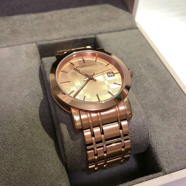 世界3大 時計 - 【美品・稼働品】BURBERRYバーバリー 腕時計 ローズゴールド文字盤の通販 by jfhjh641's shop|ラクマ