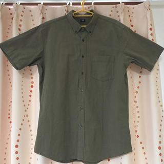 ユニクロ(UNIQLO)のユニクロ 半袖シャツ ボタンダウン  メンズ(シャツ)