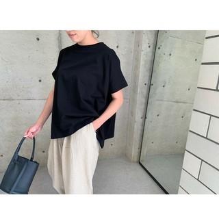エンフォルド(ENFOLD)のeLLa Tシャツ 黒(Tシャツ(半袖/袖なし))