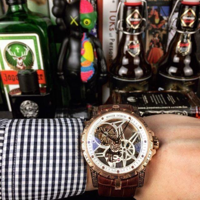 ROGER DUBUIS - ロジェデュブイ メンズ腕時計 自動巻きの通販 by sakata's shop|ロジェデュブイならラクマ