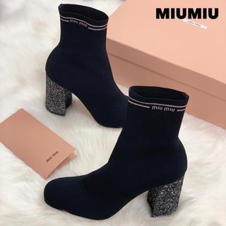ミュウミュウ(miumiu)の725 新品未使用 ミュウミュウ グリッター ソックスブーツ (ブーツ)
