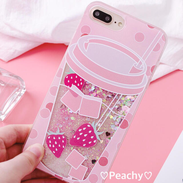 ストロベリー グリッター iPhone ケースの通販 by ♡Queen Land♡|ラクマ
