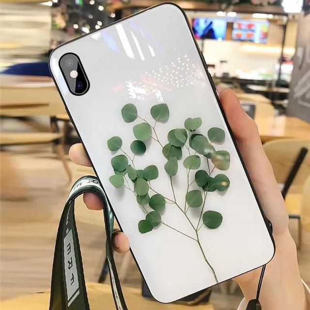 スマホケースiPhone XRケース葉軽量新品ストラップ付きの通販 by セリナ's shop|ラクマ