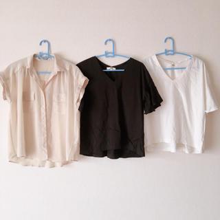 ジーユー(GU)の[お得]トップス ファッション シャツ 着痩せ Tシャツ まとめ売り(シャツ/ブラウス(半袖/袖なし))