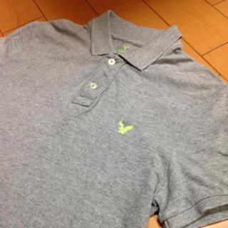 アメリカンイーグル(American Eagle)のアメリカンイーグルグレー✖️蛍光グリーンコットンポロ(ポロシャツ)