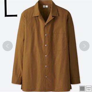 ユニクロ(UNIQLO)のユニクロ オープンカラーシャツ 長袖 ブラウン L 新品(シャツ)