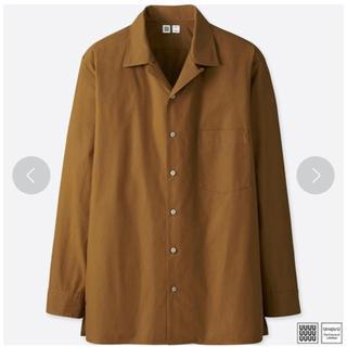 ユニクロ(UNIQLO)のユニクロ オープンカラーシャツ 長袖 ブラウン M 新品(シャツ)