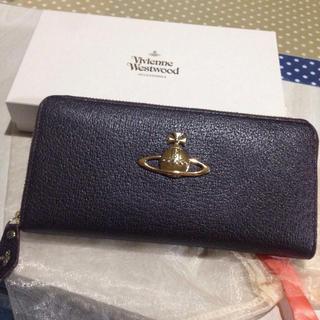 ヴィヴィアンウエストウッド(Vivienne Westwood)の《 Vivienne 》長財布(財布)